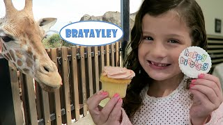 getlinkyoutube.com-Hayley's Australian Birthday! | Feeding Giraffes and Koala Encounter  (WK 243.7) | Bratayley