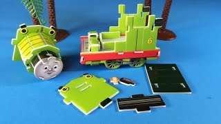 getlinkyoutube.com-Thomas and Friends Toy Train Percy the Small Engine Making like Mega Bloks