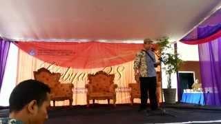 getlinkyoutube.com-Baca Puisi Bahasa Madura