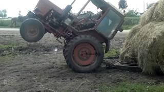 getlinkyoutube.com-traktor władimirec t-25 akcja TURBO