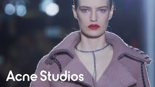 getlinkyoutube.com-Acne Studios Women's Fall/Winter 2015 show