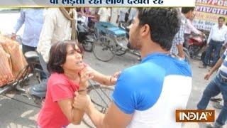 getlinkyoutube.com-Road Rage: Wife Fights Street Goons To Save Husband