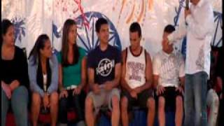 getlinkyoutube.com-2 Guys Kiss during Hypnosis Show - Hypnotist Mark Yuzuik