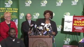 getlinkyoutube.com-NJ family of 8 claims $429.6 million Powerball lottery jackpot