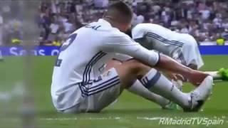 Real Madrid 2-3 Barceloan: Gol de Messi narrado por Alfredo Martínez width=