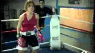 getlinkyoutube.com-female_boxing_13.wmv