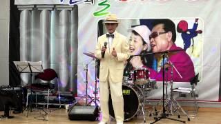 getlinkyoutube.com-추억의 소야곡, 용두산 에레지 - 박재우 (산과들 푸른예술단)