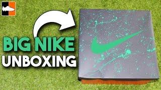 getlinkyoutube.com-Triple Nike Electro Flare Boots Unboxing!