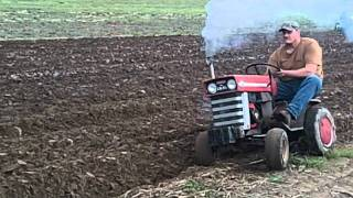 getlinkyoutube.com-MF plowing