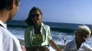 getlinkyoutube.com-Kirk Douglas Lauren Bacall Paul Newman Lee Remick Ben Gazzara Janice Rule Malibu 1965