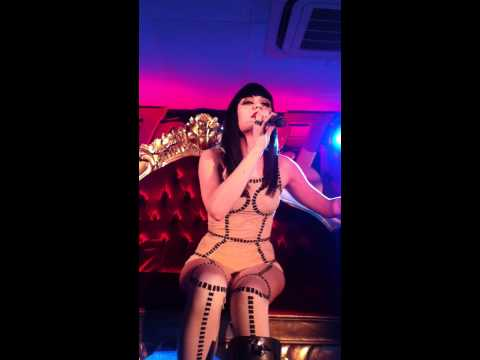 Jessie J - Nobodys Perfect - Vevo Summer Party 2011