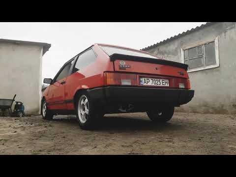Расположение выпускного коллектора в Saab 9000