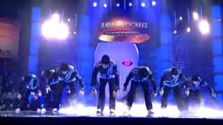 getlinkyoutube.com-ABDC Champions For Charity Jabbawockeez (Standing Ovation + Extended Cypher)