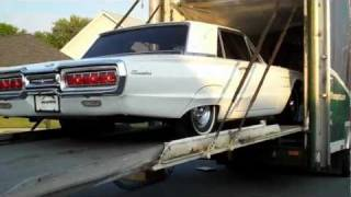 1965 Ford Thunderbird unboxing