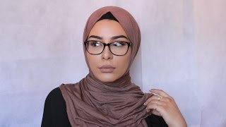 getlinkyoutube.com-3 Most Worn Hijab Styles With Glasses Demonstration