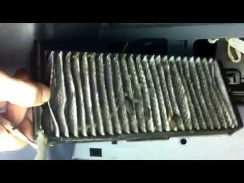 Mitsubishi Space Star. Замена салонного фильтра. How to Cabin Air Filter Replacement