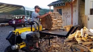getlinkyoutube.com-Homemade log splitter with new log lift