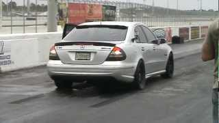 getlinkyoutube.com-E55 AMG vs Evo