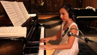 getlinkyoutube.com-Emily Bear - Hot Peppers