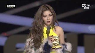 getlinkyoutube.com-151202 HyunA Best Dance Performance Solo Award @2015 Mnet Asian Music Awards