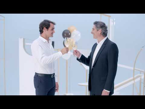 Federer Learns The Perfect Serve With Moet Chandon