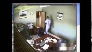 getlinkyoutube.com-Murder caught on Tape - Jamaica