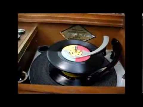 1965 Magnavox Astro-Sonic console stereo repair - part 3 (record player service)