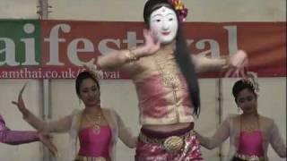 getlinkyoutube.com-Amazing Burmese-Style Mask Dance at the AmThai Festival, Wimbledon Park, London, 29th August 2010.