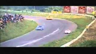getlinkyoutube.com-Nissan R-382 vs Porsche 917 in the Japan Grand Prix of 1969