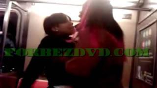 getlinkyoutube.com-2 Girls Fight On The Subway Car  (Forbezdvd Exclusive)