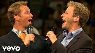 getlinkyoutube.com-Gaither Vocal Band, Ernie Haase & Signature Sound - Holy Highway (Live)