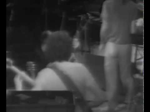 Frank Zappa (VIDEO) at The Capitol Theatre, Passaic 1978