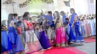 getlinkyoutube.com-Flash mob on Kerala Wedding Reception