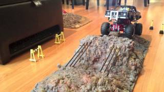 getlinkyoutube.com-LEGO Technic 41999 4x4 Crawler Review & Indoor Test