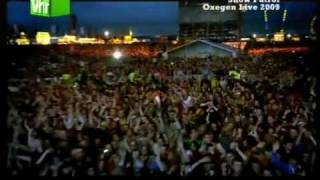 getlinkyoutube.com-Snow Patrol - Chasing Cars (Live at Oxegen 2009)