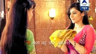 getlinkyoutube.com-Rudra kicks Laila out of his house.