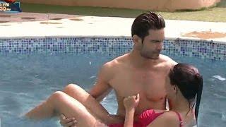 getlinkyoutube.com-Bigg Boss 9 - Rochelle Rao & Keith Sequeira H0T Scenes in Swimming Pool