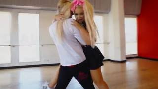 getlinkyoutube.com-Daddy Issues Dance Routine | Trisha Paytas