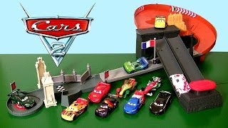 getlinkyoutube.com-Cars Rivals Race-Off Track World Grand Prix Playset 2014 McQueen vs. Rip Clutchgoneski Race Track