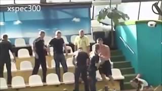 getlinkyoutube.com-Tuca u bazenu - Rusija - Zabava Smesno
