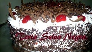 getlinkyoutube.com-Receta de torta Selva Negra, paso a paso.