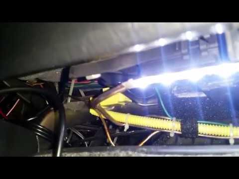 Как сделать подсветку бардачка в авто