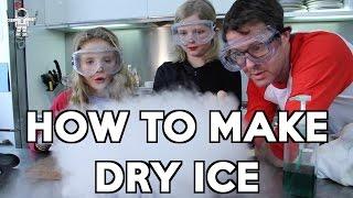 getlinkyoutube.com-How to Make Dry Ice with Daisy & Poppy: Gastronaut
