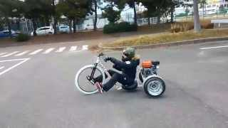 getlinkyoutube.com-Motorized Drift Trike 2015 BigWheel First Ride Bad Day