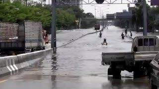 水中を走る日本製バイクに海外驚愕!外国人「どうなってるんだ?ホンダかっこよすぎ!」