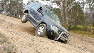 getlinkyoutube.com-The Mighty Jeep Grand Cherokee HEMI