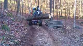 getlinkyoutube.com-Carraro trx 9800 con pinza legna 2