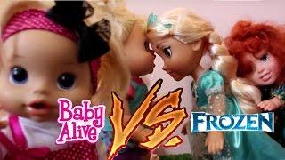 getlinkyoutube.com-Baby Alive Minha Boneca Clarinha VERSUS Baby Elsa Frozen SkyFunLand Kids