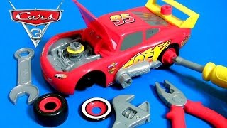 CARS 3 Race Ready Take Apart