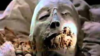 getlinkyoutube.com-شاهد فيديو حال أجمل نساء العالم في القبر سبحان الله